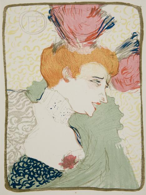 Kolorowa litografia przedstawia portret piosenkarki i tancerki francuskiej – Marcelle Lender. Kobieta ma rude włosy upięte w kok, a fryzura udekorowana jest czerwono-niebieskimi ozdobami, prawdopodobnie piórami. Twarz widoczna jest z profilu. Kobieta ma na wpół otwarte, pomalowane czerwoną szminką usta, jakby śpiewała. Postać ubrana jest w zieloną narzutkę z wysokim kołnierzem, białą bluzkę z kryzą i czerwoną broszką w kształcie kwiatka. Tło litografii jest białe w żółte, pofalowane, drobne linie.