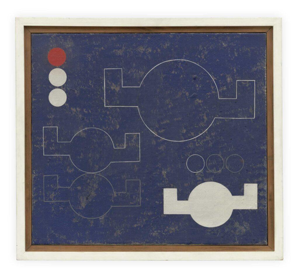 Na obrazie widzimy abstrakcyjną kompozycję z okręgami i kołami o zagiętych ramionach przypominające statki powietrzne, na niejednolitym ciemnoniebieskim tle. Po lewej stronie obrazu, na samej górze, znajdują się trzy małe kółka: dwa białe i jedno czerwone. Obok nich cztery większe formy geometryczne: trzy okręgi z ramionami w obrysie, jeden zaś, znajdujący się najniżej jest wypełniony białą farbą. Tuż nad nim widzimy trzy kolejne, małe okręgi. Obraz jest oprawiony w drewnianą, biało-brązową, prostą ramę.