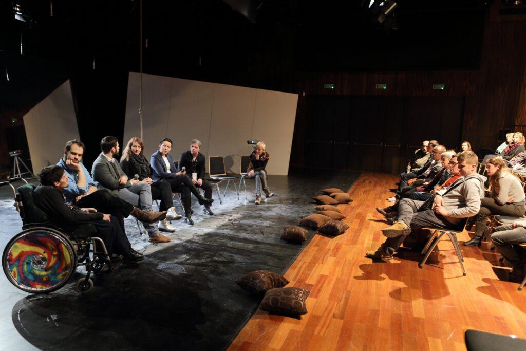 spotkania z artystami po spektaklach gościnnych