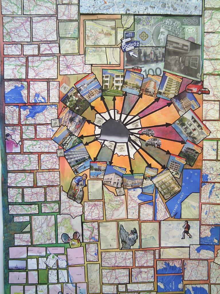 Kolaż map, widokówek i banknotów o tematyce dotyczącej podróżowania.